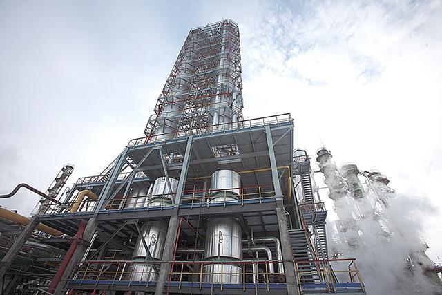 За 55 лет «СИБУР Тольятти» выпустило 12 миллионов тонн каучука для производства шин
