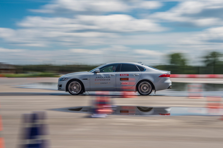 Continental отвечает на вопросы о высокоскоростных UHP-шинах