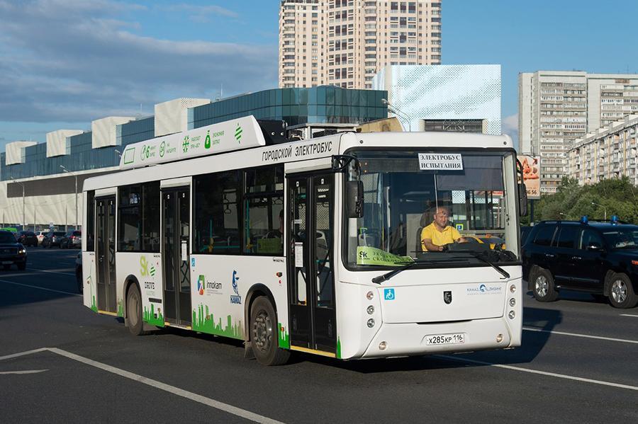 В Москве начались испытания электробуса КАМАЗ