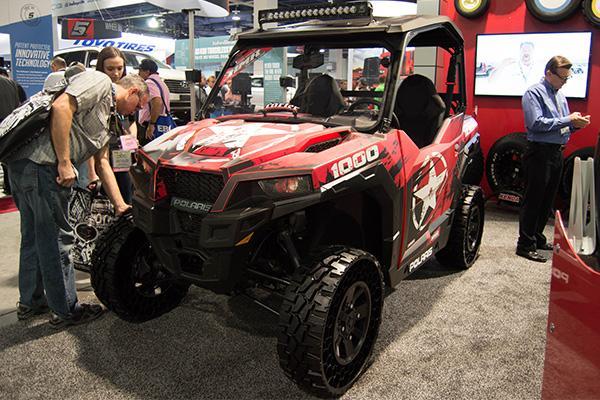 Polaris представила новый мотовездеход на безвоздушных шинах Kenda Terrain Armor