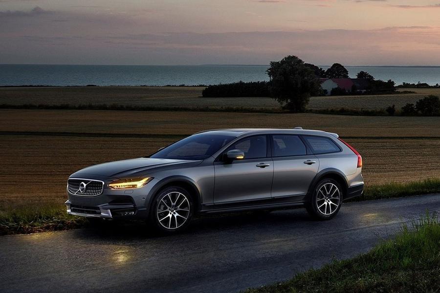 Volvo сетует на нехватку автомобилей для России