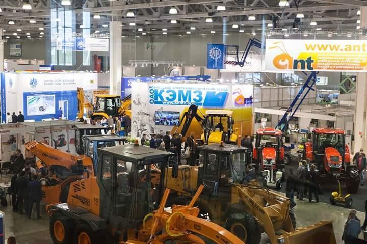 «Волтайр-Пром» и Titan представили индустриальные шины на выставке в Москве