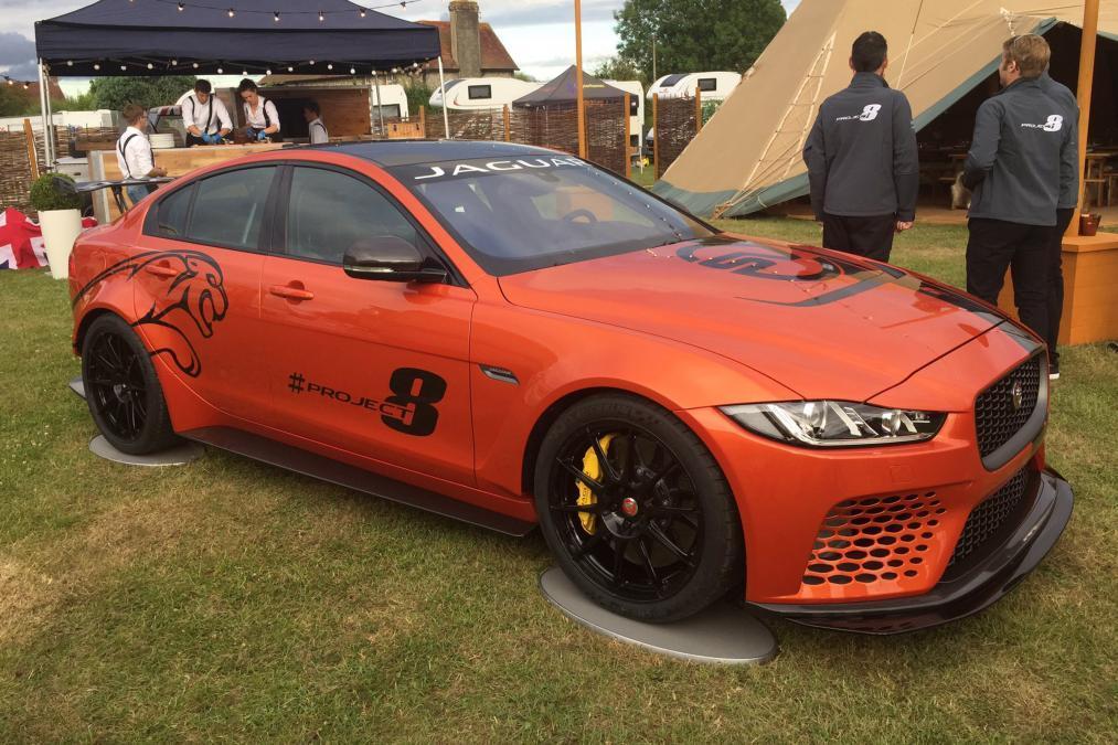 Самый мощный Jaguar в истории поедет на шинах Michelin