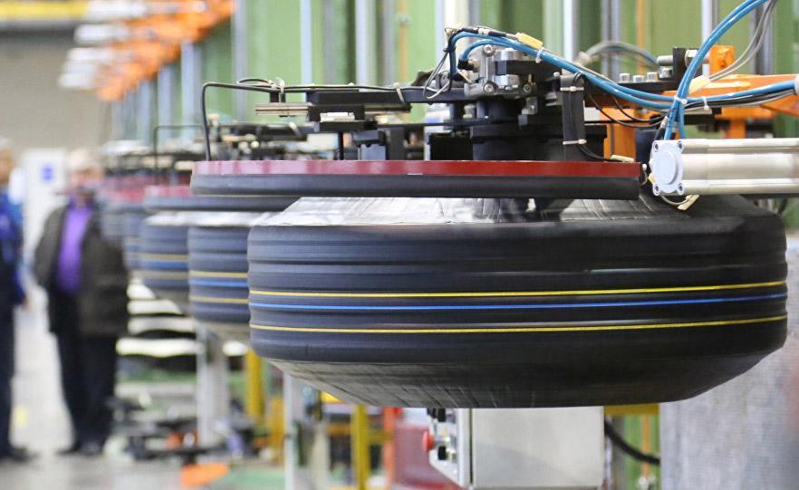 На новом заводе в Ангрене выпущены первые узбекские шины