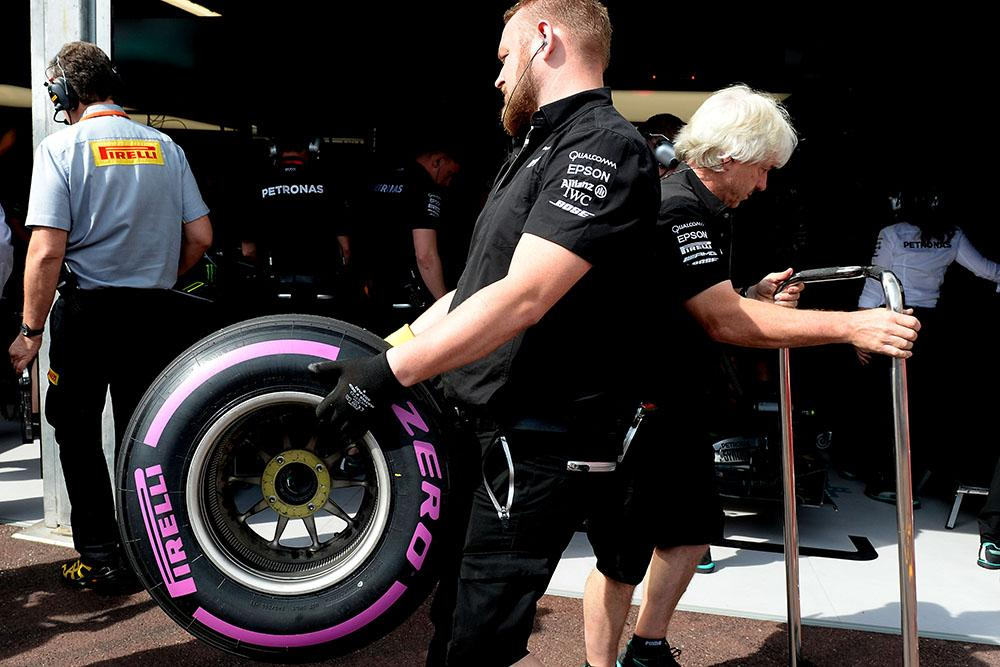 Pirelli объявила выбор шин на Гран-при Сингапура