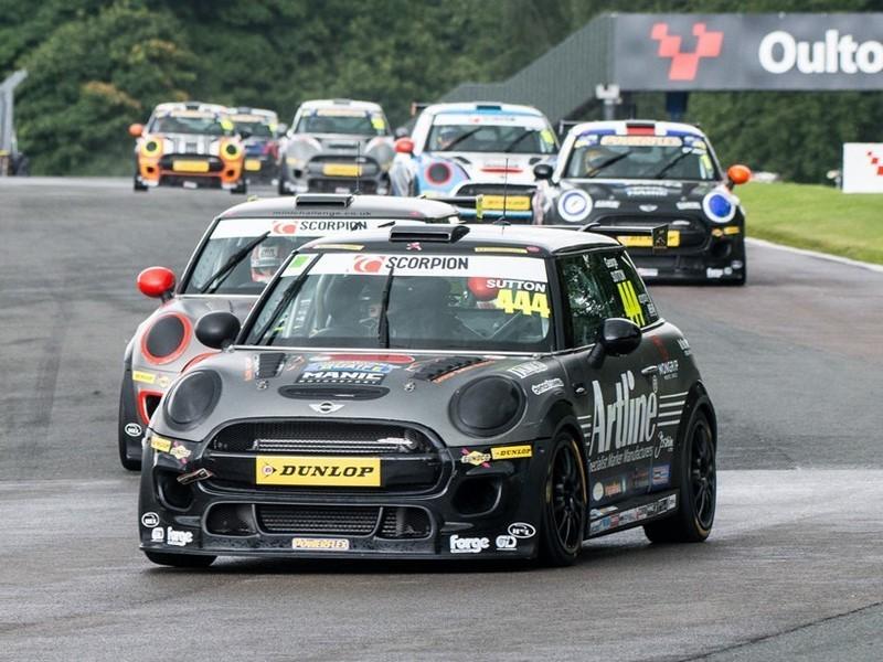 Dunlop продолжит поставки своих шин в моносерию MINI Challenge UK