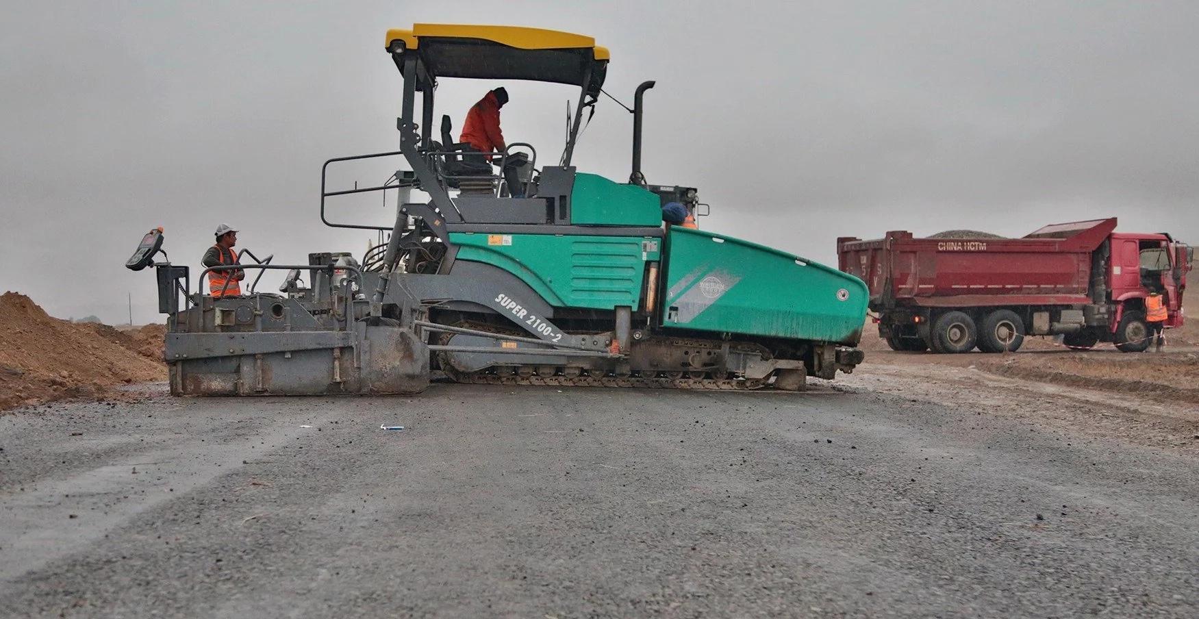 В Казахстане тестируют дорожное покрытие из переработанных покрышек