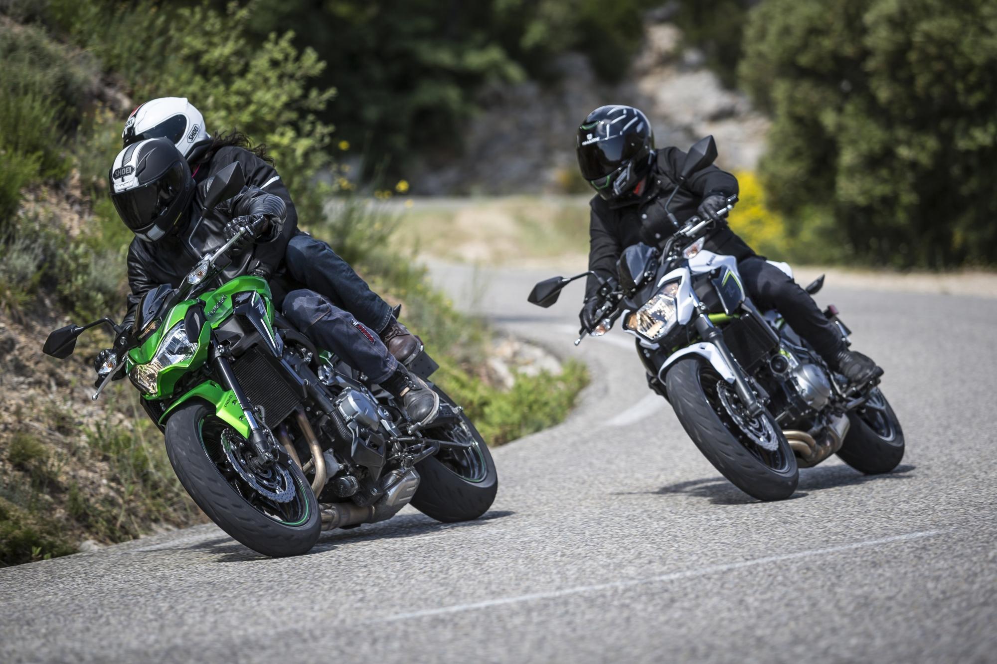 Новогодний подарок от Мишлен для владельцев спортивных мотоциклов туринг-класса