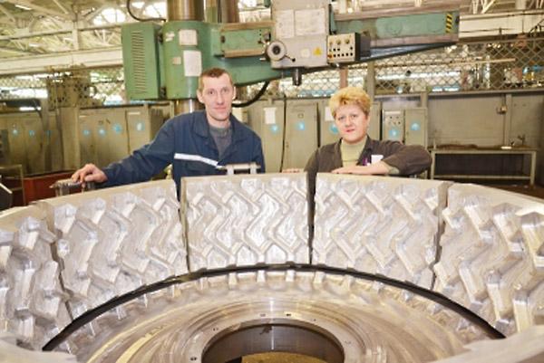 На «Белшине» изготовлена четырехтысячная пресс-форма для новой модели шин