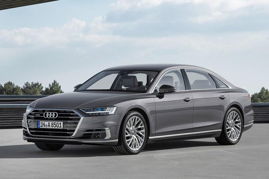 Объявлены цены на Audi A8