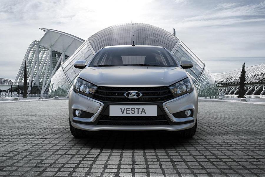 Все модели Lada перейдут на Х-стиль только к 2026 году
