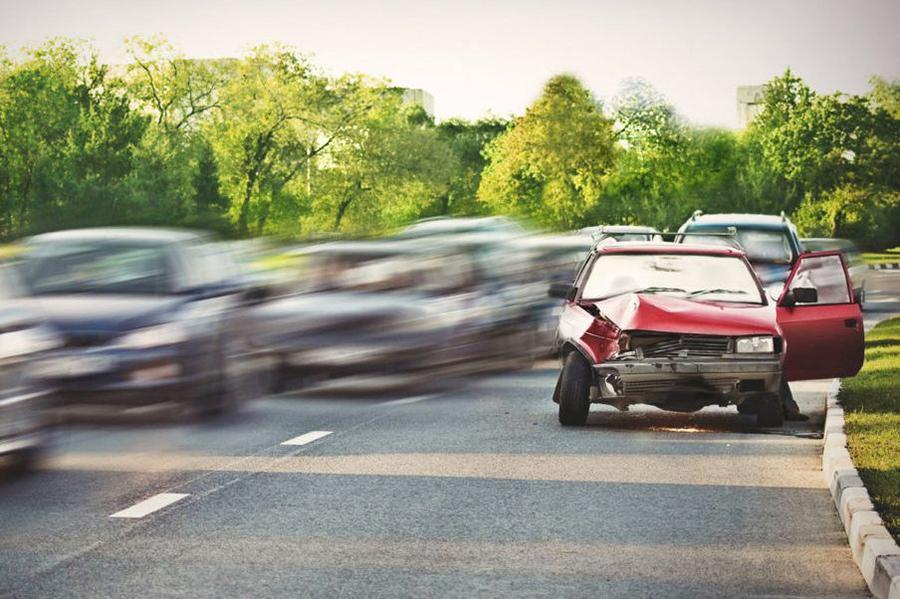 Конституционный суд попросили разобраться с пьяными водителями, покинувшими место ДТП