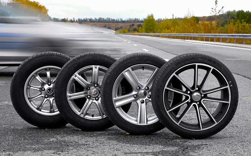 За Рулем: тормозим на широких шинах — результат вас удивит