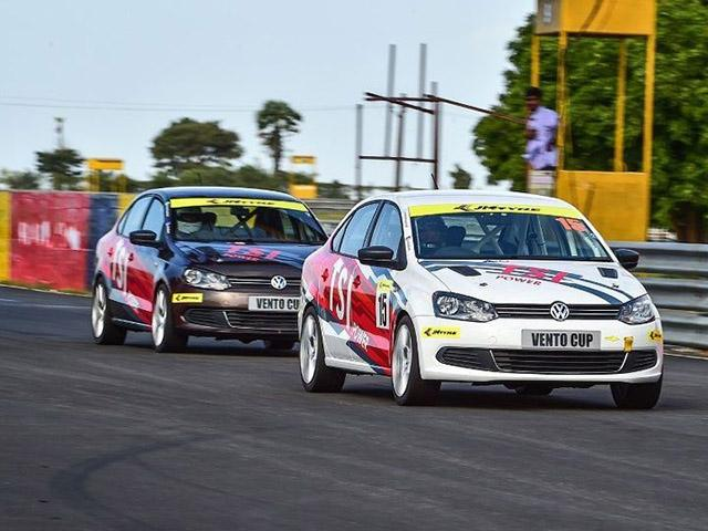 Volkswagen Vento Cup меняет резину JK Tyre на MRF