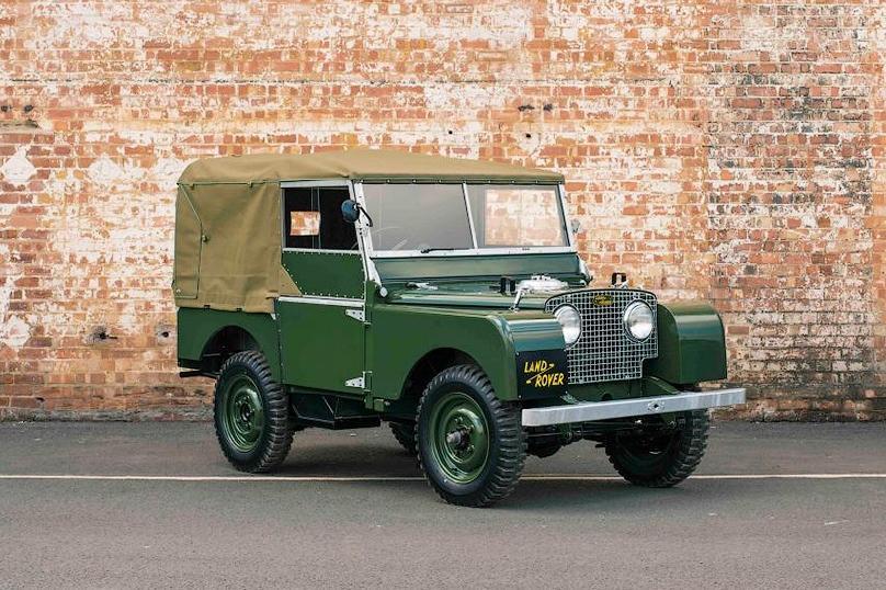Land Rover восстановит на заводе 25 внедорожников Defender