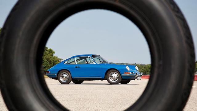 Pirelli представила новые шины для классики Porsche