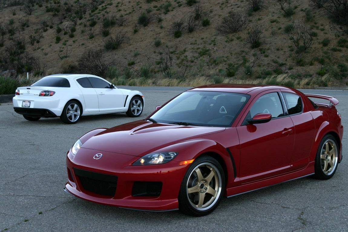 Mazda отзывает в России две модели