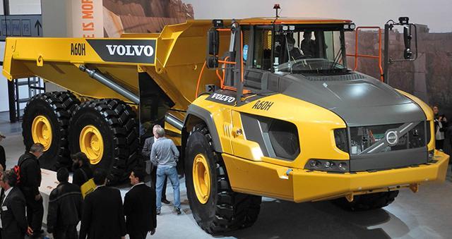 Новые самосвалы Volvo A60H оснастят новыми OTR-шинами Goodyear
