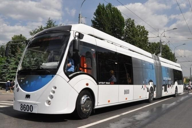 В Москве начали испытывать инновационный троллейбус
