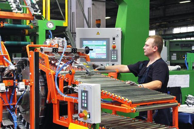 На трех заводах «Белшины» завершается модернизация производства