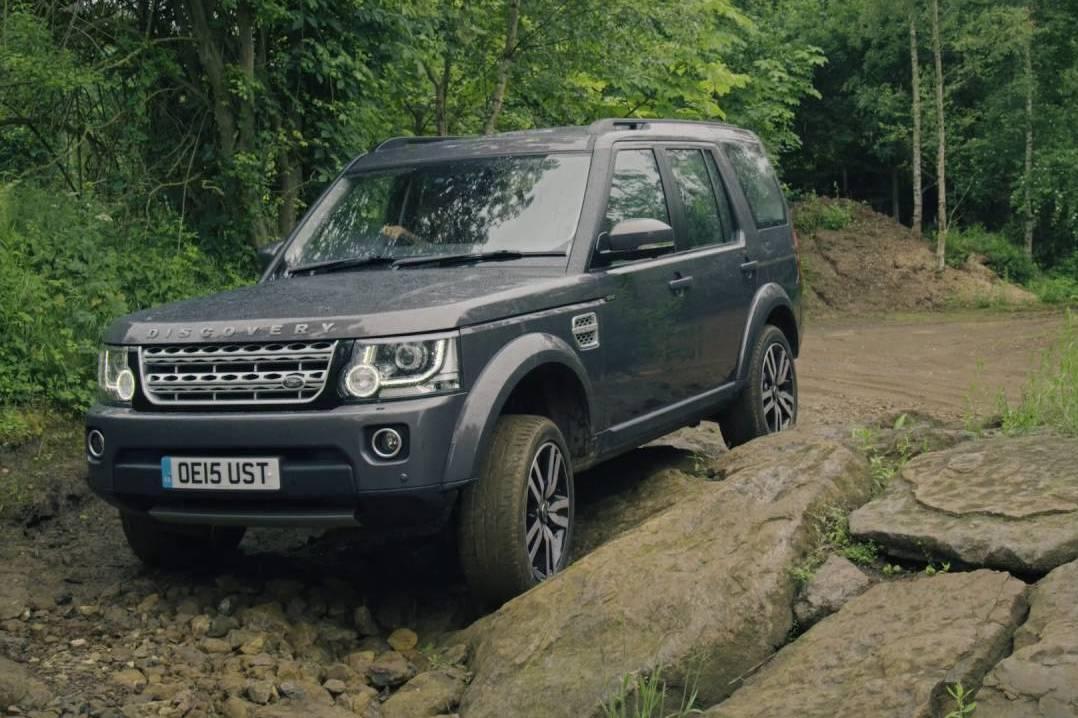 Land Rover сделает автопилот для бездорожья