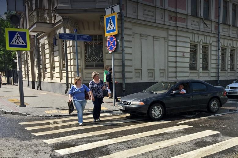 Водителей, не пропускающих пешеходов, будут штрафовать камеры