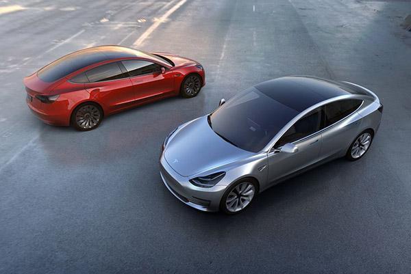 Tesla анонсировала выход в новые сегменты