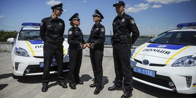 Машины патрульной полиции Украины обуют в покрышки Rosava Quartum S49