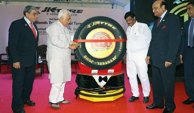 JK Tyre выпустила 10-миллионную TBR-шину