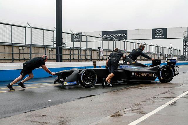 Пилоты Формулы-Е оценили новые шины Michelin Pilot Sport EV