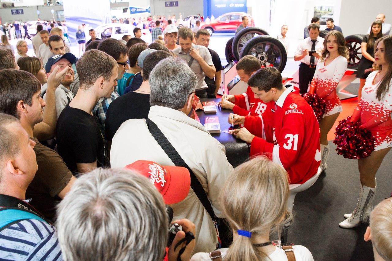 Nitto Tire организовала встречу болельщиков и игроков «Спартака» на ММАС 2016