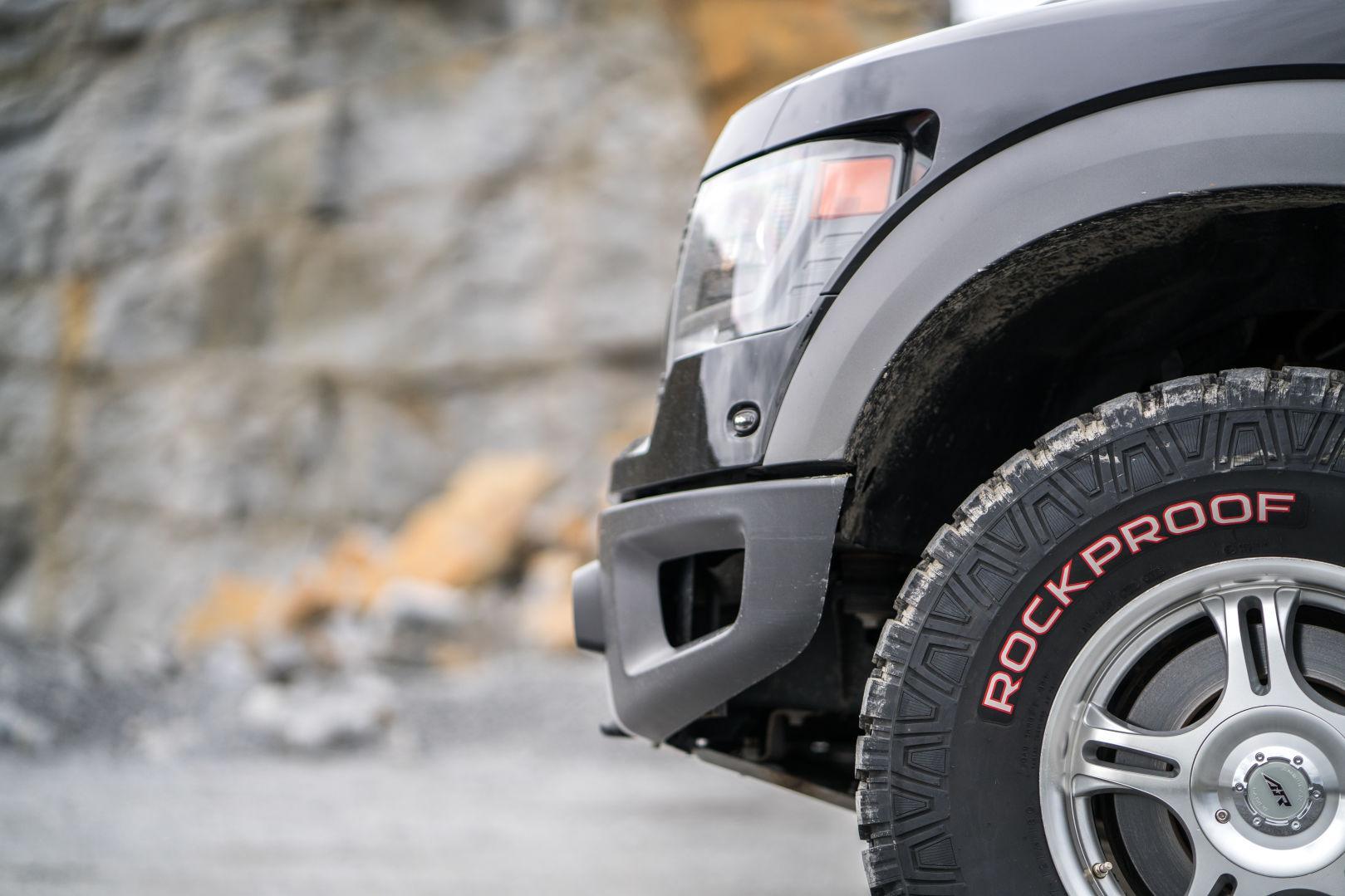 Nokian Tyres создала сверхнадежные шины Nokian Rockproof для внедорожников
