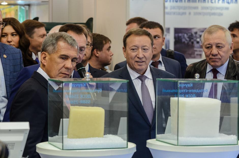 «Нижнекамскнефтехим» представил новый вид каучука для производства UHP-шин