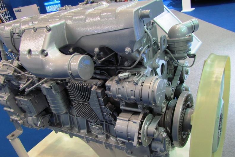 КАМАЗ представил новый дизельный двигатель