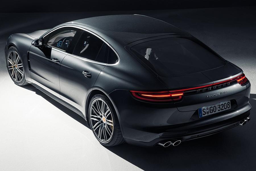 Первый универсал от Porsche отпразднует премьеру в Париже