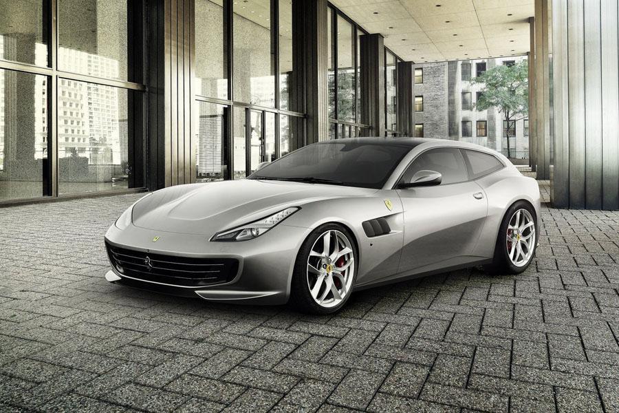 Ferrari подготовила новую версию модели GTC4 Lusso