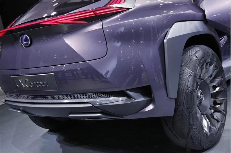 Goodyear разработал уникальные шины для концепт-кроссовера Lexus UX