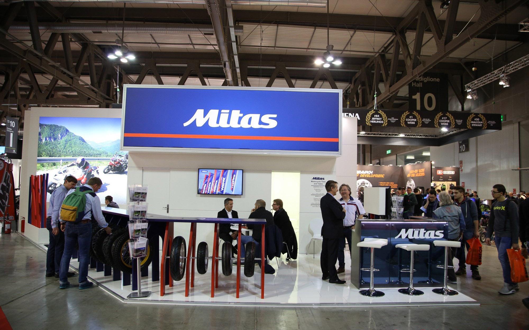 Mitas представила в Милане новые типоразмеры популярных моделей мотошин
