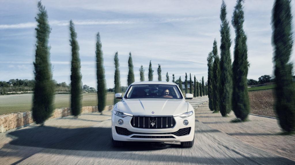Maserati выбрала Bridgestone для оснащения кроссоверов Levante