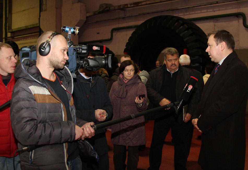 Российские журналисты посетили бобруйскую «Белшину»