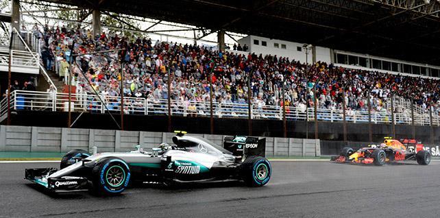 Пирелли обещает оперативнее решать проблемы с гоночными шинами для F1