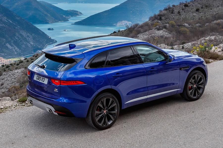Женским автомобилем года стал Jaguar F-Pace