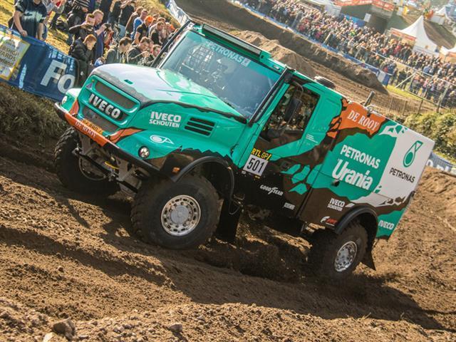 Победитель «Дакар-2016» вновь выбирает шины Goodyear