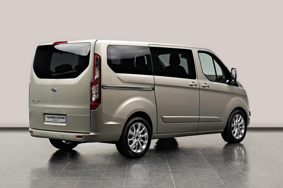 Ford объявил цены на новые модели для России