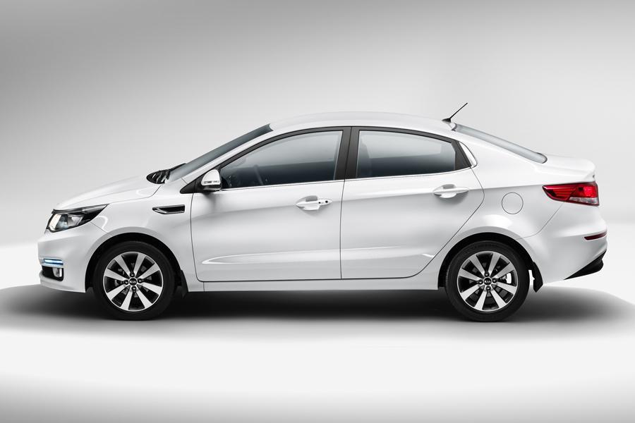 Седан Kia Rio обзавелся новой топовой комплектацией