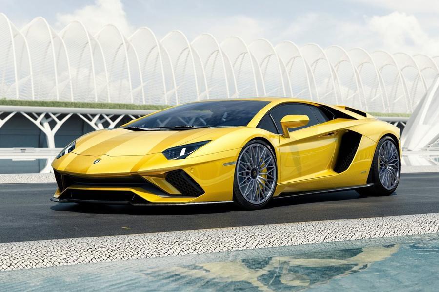 Lamborghini Aventa dor посвежел и стал мощнее