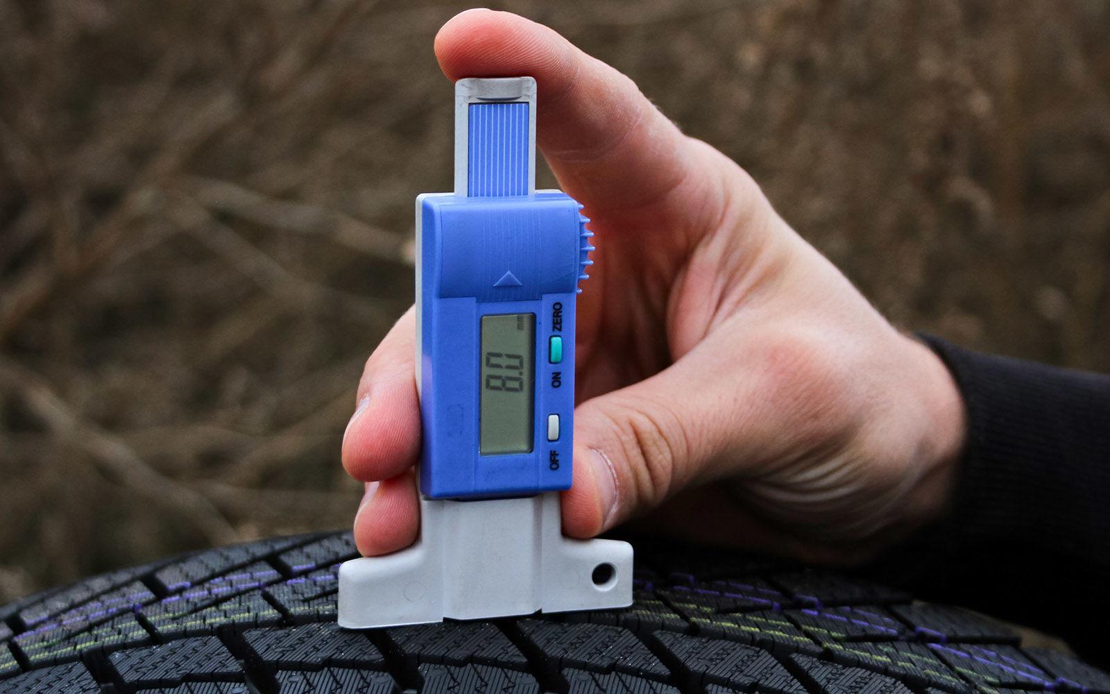 Continental  напоминает о необходимости контроля глубины протектора зимних шин