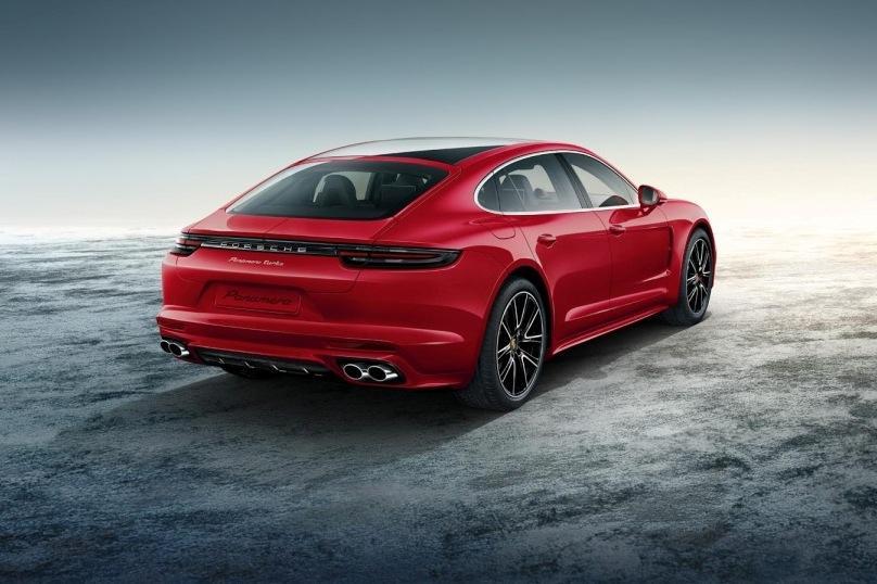 В Porsche сделали топовую Panamera еще роскошнее