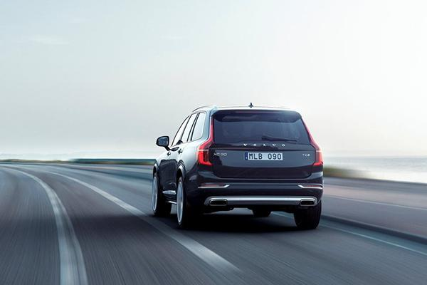 Volvo утратила звание лидера шведского рынка