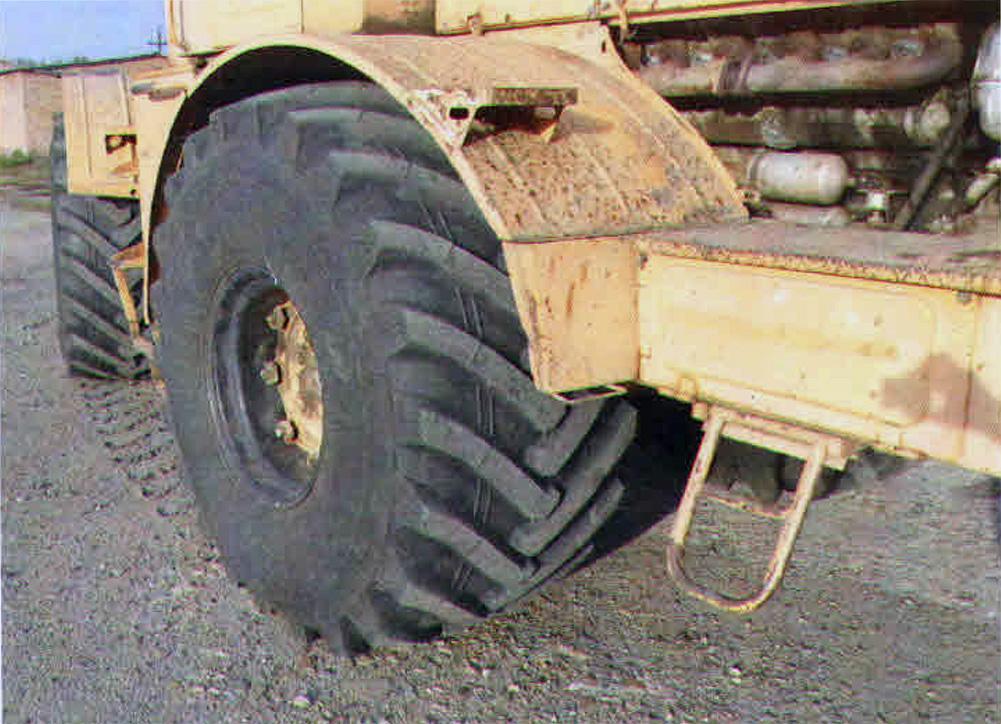 АШК проверяет  тракторные шины на соответствие ГОСТ